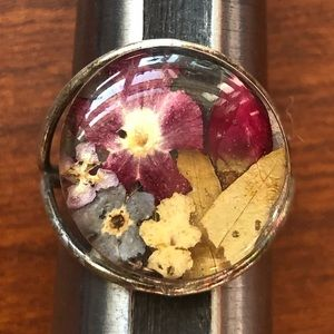 Jewelry - 6.5 Sterling Silver Ring Real Dried Flowers .925💐